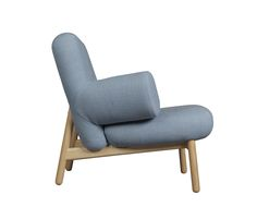 Wood frame in solid ash. Moulded seat and beck. Upholstered in leather or fabric. h 70, d 77, b 90 s.h. 40 cm