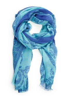 Scarf with paisley pattern