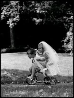 .A very unique way to enter as the ring bearer and flower girl<3<3 Designing and Creativity in Progress <3 ENVIED WEDDINGS & EVENTS www.enviedweddingsandevents.com <3 If you live in Oregon and want your wedding or event to be unique and special, contact us! <3<3
