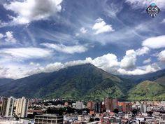 Te presentamos la selección del día: <<AVILA>> en Caracas Entre Calles. ============================  F E L I C I D A D E S  >> @goncalvesr << Visita su galeria ============================ SELECCIÓN @mahenriquezm TAG #CCS_EntreCalles ================ Team: @ginamoca @huguito @luisrhostos @mahenriquezm @teresitacc @marianaj19 @floriannabd ================ #avila #elavila #Caracas #Venezuela #Increibleccs #Instavenezuela #Gf_Venezuela #GaleriaVzla #Ig_GranCaracas #Ig_Venezuela #IgersMiranda…