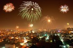 Photo showing beautiful Diwali lit areas of India !! Diwali Lantern, Diwali Lights, Wish Lanterns, Sky Lanterns, Tokyo City, Happy Diwali, Grand Entrance, Rangoli Designs, Star Shape