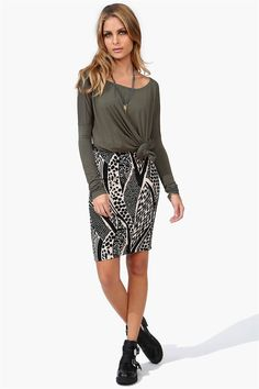Tempted To Touch Pencil Skirt in Black/Ivory