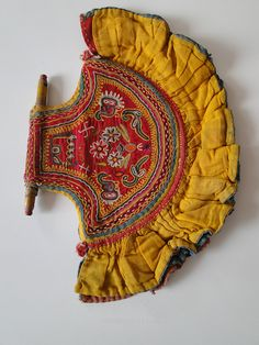 EXQUISITE HAND FAN WITH EXTINCT MOCHI EMBROIDERY, KUTCH, GUJARAT