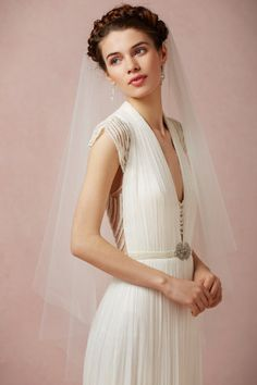 Don a delicate, mid-length veil from BHLDN. Choose from fingertip veils and ballet veils in a variety of flattering styles. Slick Hairstyles, Veil Hairstyles, Wedding Hairstyles With Veil, Wedding Dressses, Wedding Dress Styles, Bridal Dresses, Bhldn Wedding Gowns, Bride Veil, Bride Hair Accessories