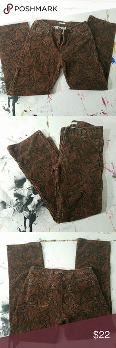 Vintage high waisted corduroys!! Like what you see but not the price tag? Make an offer =) feel free to ask any questions!  Unique but trendy and fun style! Awesome paisley pattern.  Vintage Jones New York- very good condition! Other pants available in same size- bundle and save =) Jones New York Pants