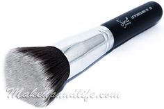 Sigma makeup brush F80-Absolutely FANTASTIC foundation brush!!! This is my FAVORITE CAN NOT LIVE WITHOUT brush love love love it!!!!