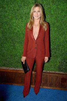 Jennifer Aniston in Gucci | Jennifer Aniston Looks Smoking Hot at the Critics' Choice Awards