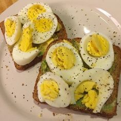 Egg & Avocado Sandwich – Home of Jen Heward aka HunnyBunsFit.