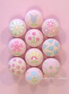 Daisy Garden Hand Painted Knobs / Nail Covers - These would be great on the desk we want to refinish for E's room!