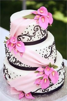 Black and white wedding cake with pink touches