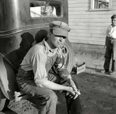 Shorpy Historical Photo Archive :: O Pioneers: 1936 Ridiculously Photogenic Farmer Guy.