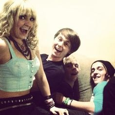 The only on not being sat on is Rydel