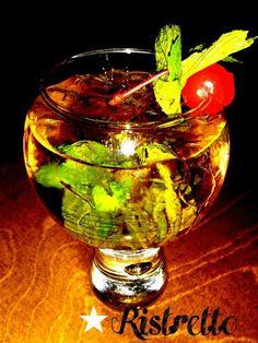 Mint Julep με bourbon whiskey φρέσκια μέντα και σιρόπι μαύρης ζάχαρης μόνο σήμερα 7 Euro at Ristretto Espresso Wine Bar..