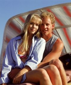 A gallery of Beverly Hills, 90210 publicity stills and other photos. Featuring Shannen Doherty, Luke Perry, Jason Priestley, Jennie Garth and others. Jennie Garth, Beverly Hills 90210, Steve Sanders, Brandon Walsh, Ian Ziering, Jason Priestley, The Originals Tv, Shannen Doherty, Luke Perry