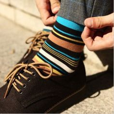 Cotton Elegant Stripe Multicolour Men Socks http://www.foottraffic.com/product/1503/Mens_Novelty_Socks