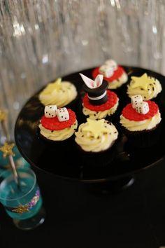 magic show fondant toppers www.spaceshipsandlaserbeams.com White Wedding Cakes, Wedding Cakes With Flowers, Flower Cakes, Gold Wedding, Magic Birthday, Birthday Cakes, Sparkle Cake, Magic Party, My Dessert