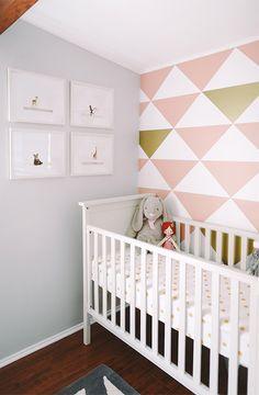 Resultado de imagen de gold pink bedroom wall