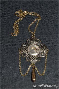 Steampunk Clockwork Necklace  bronze link chain by SpinnWeben, €27.00