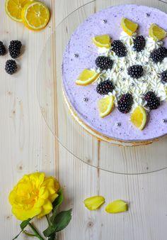 Brombeer-Buttermilch-Torte
