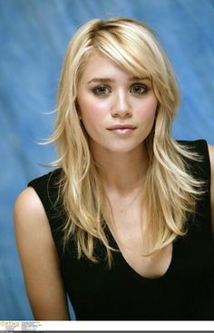 Ashley Olsen is a Essi treasure.She may not be a actress there but people still like her.And she's awesome friends with Hayden Christensen,Natalie Portman,Ariana Grande,and other peeps.