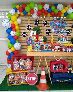 If you like PAW Patrol or the canine patrol, you're in luck today we bring you several decorating ideas for PAW Patrol's birthday or the c. Paw Patrol Birthday Decorations, Paw Patrol Birthday Theme, Third Birthday, 4th Birthday Parties, Halloween Party Snacks, Paw Patrol Cake, Balloon Decorations, Party Themes, Ideas Bodas