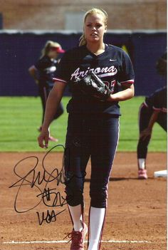 I think getting Olympic champion autographs is cool, plus, Jennie Finch is quite the looker. I sent a letter, SASE and photo to Jennie o. Softball Bows, Softball Quotes, Softball Players, Girls Softball, Fastpitch Softball, Jennie Finch, Johnny Bench, Sports Stars, Sport Girl