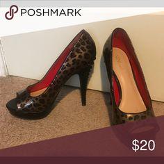 Nine & Co leopard pumps Nine &Co leopard pumps. Size 8.5 Nine & Co. Shoes Heels