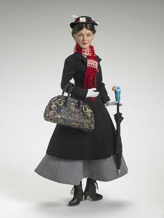 Julie Andrews as Mary Poppins Doll and Accessories Tonner 07 Barbie I, Barbie World, Mary Poppins Costume, Barbie Celebrity, My Doll House, Poppy Parker, Disney Dolls, Barbie Friends, Collector Dolls