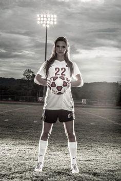 Ideas Sport Soccer Photography Senior Girls For 2019 - Sport Photography Soccer Poses, Soccer Senior Pictures, Soccer Shoot, Team Pictures, Team Photos, Sports Pictures, Girl Pictures, Roller Derby, Girls Soccer