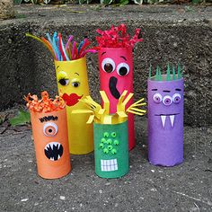 Cardboard Tube Crafts for Kids - Crafts by Amanda Cardboard Tube Craft: Make a Colorful Ghoul Family! These are ADORABLE and perfect for Halloween! But monsters are great any time of year, s. Want great hints about arts and crafts? Go to our great site! Kids Crafts, Halloween Crafts For Kids, Toddler Crafts, Preschool Crafts, Projects For Kids, Holiday Crafts, Family Crafts, Halloween Ornaments, Kids Diy