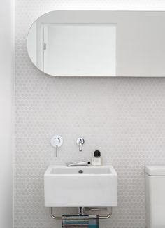 mirroir / faience nid d'abeille //mirror / honeycomb tiles