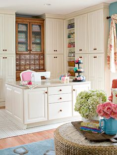 Now this is my idea of a sewing room. Not to see the clutter and focus on your project.