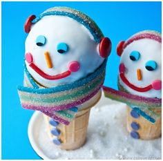 Snowman Cones will bring a Christmas Smile to your face! Featured on Design Dazzle