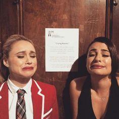 Becca Tobin and Lea Michele on set Becca Tobin, Glee Memes, Teary Eyes, Glee Club, Chris Colfer, Dianna Agron, Cory Monteith, Muscle Tank Tops, Lea Michele