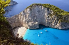 Rock collapse on the most popular beach of Greece