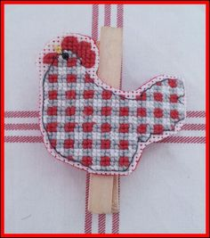 *Peggy The Chicken* Red Gingham Peg Holder Bookmark Coupons Receipts Clip (LHF)