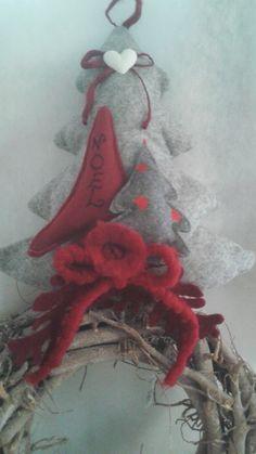 albero di Natale fuoriporta in feltro euro 20 per info adriana.loria@tiscali.it