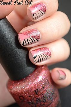 Cute way of splitting the nail into 3 parts, I also think this would look good with 3 bright neon colors