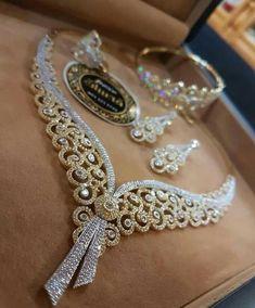 Jewelry Sets, Gold Jewelry, Jewelry Accessories, Jewelry Necklaces, Jewelry Design, Silver Wedding Rings, Wedding Jewelry, Bollywood Jewelry, Jewellery Sketches