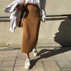 Korean Fashion Name .Korean Fashion Name Street Hijab Fashion, Muslim Fashion, Modest Fashion, Korean Fashion, Fashion Outfits, Long Skirt Fashion, Modest Outfits, Fall Outfits, Casual Outfits