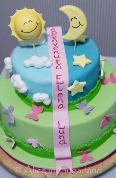 Sun and moon cake - by AliceInSugarland @ CakesDecor.com - cake decorating website
