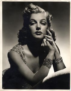 Ann Sheridan by George Hurrell, 1939 Old Hollywood Movies, Old Hollywood Style, Old Hollywood Glamour, Golden Age Of Hollywood, Vintage Hollywood, Hollywood Stars, Classic Hollywood, Divas, Ann Sheridan