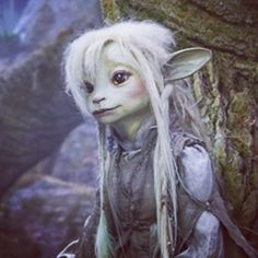 "Shell on Instagram: ""So in love with this gelfling #thedarkcrystalageofresistance #deet #gelfling #tattoo"" Dark Crystal Movie, The Dark Crystal, Jim Henson, Fantasy Fiction, Fantasy Art, Dark Fairytale, Stop Motion, Fantasy Creatures, Faeries"