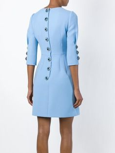 Dolce & Gabbana- A simple dress is instantly elevated with unique buttons.Dolce & Gabbana Vestido com paetêsFashion for Women Simple Dresses, Elegant Dresses, Cute Dresses, Beautiful Dresses, Short Dresses, Dresses For Work, Look Fashion, Fashion Details, Womens Fashion