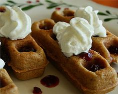 Low Carb Diner: Peanut Butter and Jelly Waffle Sticks.this goes with the mr peanut bread recipe, cant wait to try this one Low Carb Breakfast, Breakfast Dessert, Breakfast Recipes, Waffle Restaurant, Waffle Sticks, Waffle Iron Recipes, Natural Peanut Butter, Artisan Bread, Brownie Recipes