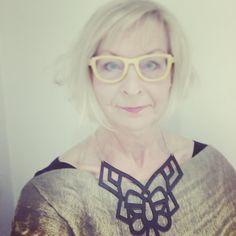 Edustusta Reykjavikissa Keravan Yrittäjien illallisella. Asu @vaatepuu #keravanyrittäjät #yrittäjät #ilovemyjob #islanti #futuremarja vaatepuu #deadbirdslionheart ja koru @jennisaksadesign - jonka ostin ihka omaksi Vaatepuussa tutustumisen jälkeen.