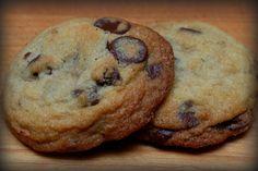 GLUTEN FREE HUGS & COOKIES XO: GLUTEN FREE CHOCOLATE CHIP COOKIES
