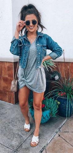 This is a cute outfit with the exception of the shoes, just not my style. This is a cute outfit with the exception of the shoes, just not my style.,Fashion This is a cute. Fashion Models, Denim Fashion, Womens Fashion, Fashion Styles, Mode Outfits, Trendy Outfits, Trendy Jeans, Sexy Outfits, Chic Outfits