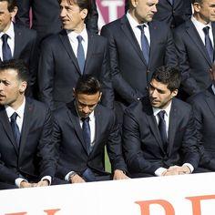 "manu❤ NJR  manuelavyctoria ✌ on Instagram: ""Fotos oficiais - temporada 2015/16 !! #Neymar #Neymarjr #Fcbarcelona """