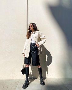 Rocker Chic Outfit, Sustainable Fabrics, Outerwear Women, Off White, Upcycle, Denim, Coat, Model, Leather